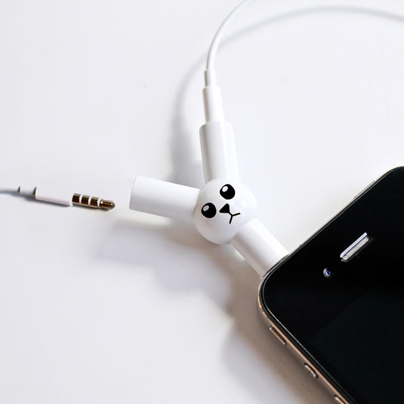 UGREEN mm Audio Stereo Y Splitter Cable mm Male to 2 Port mm Female for Earphone and Headset Splitter Adapter, Compatible with iPhone, Samsung, LG Smartphones, Tablets, MP3 players, White. by UGREEN. $ $ 6 99 Prime. FREE Shipping on eligible orders. out of 5 stars