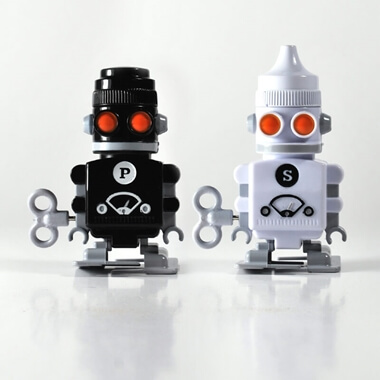 Salt and Pepper Wind Up Robots