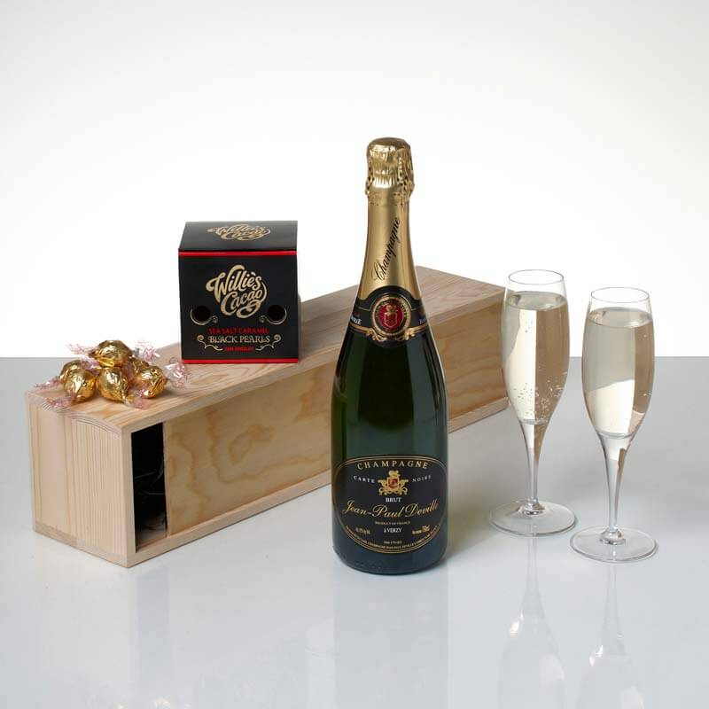 Champagne And Pearls Hamper