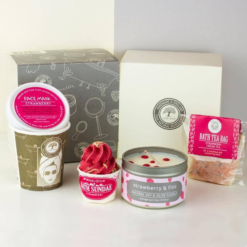 Strawberries & Cream Pamper Pack