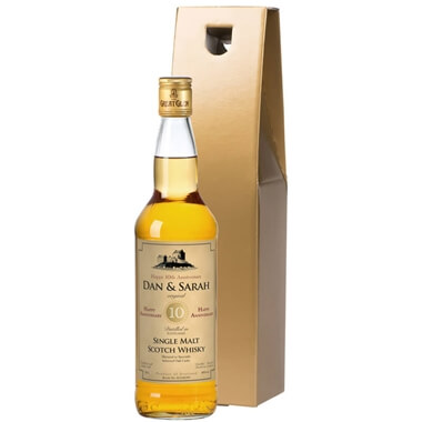 Personalised Malt Whisky and Gold Gift Box