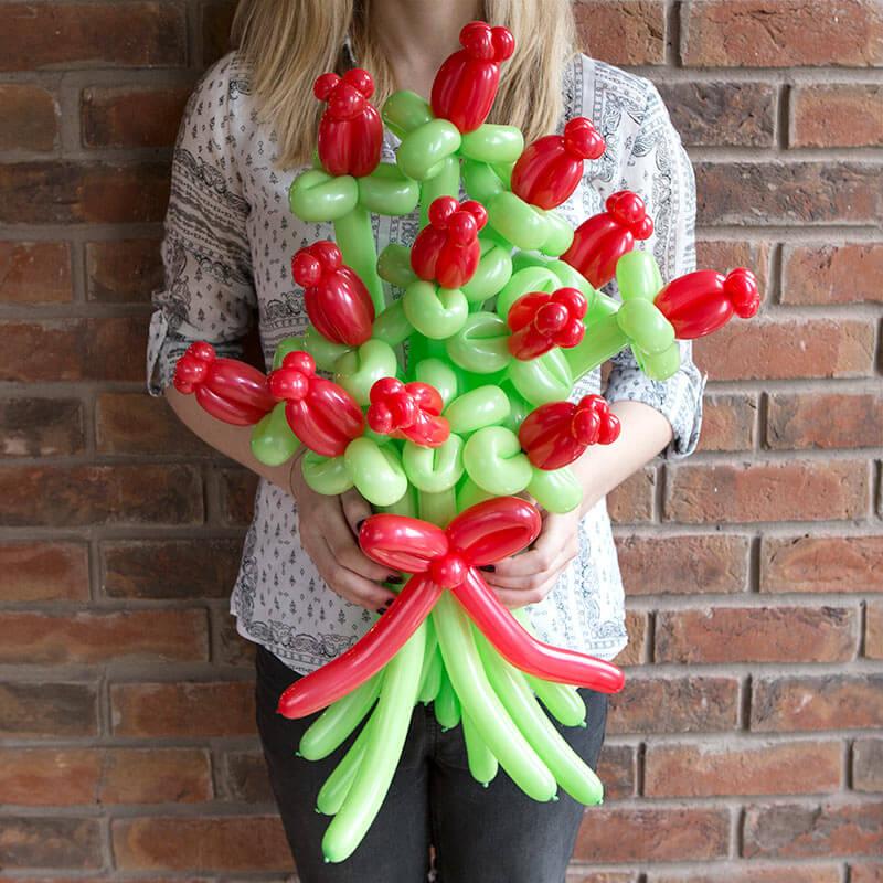 12 Balloon Roses Bouquet