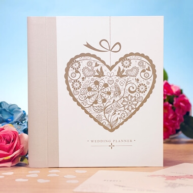 Engagement Gifts And Presents Buy From Prezzybox Com