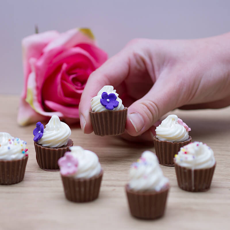 Mini Chocolate Flower Cupcakes