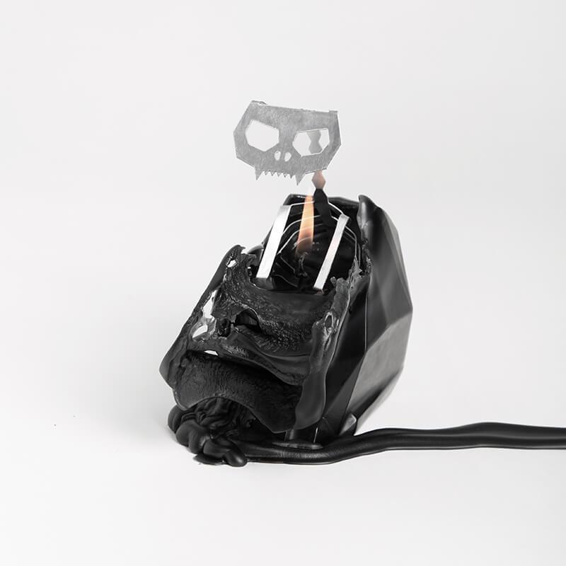 Pyro Pet Kisa Candle - Black