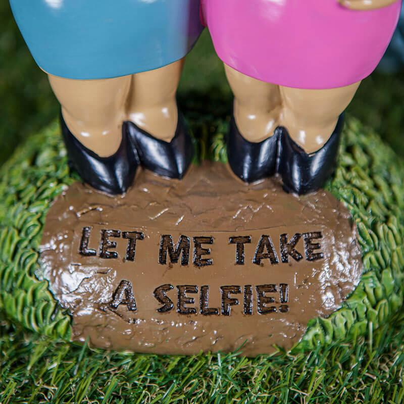 Let Me Take A Selfie Gnome