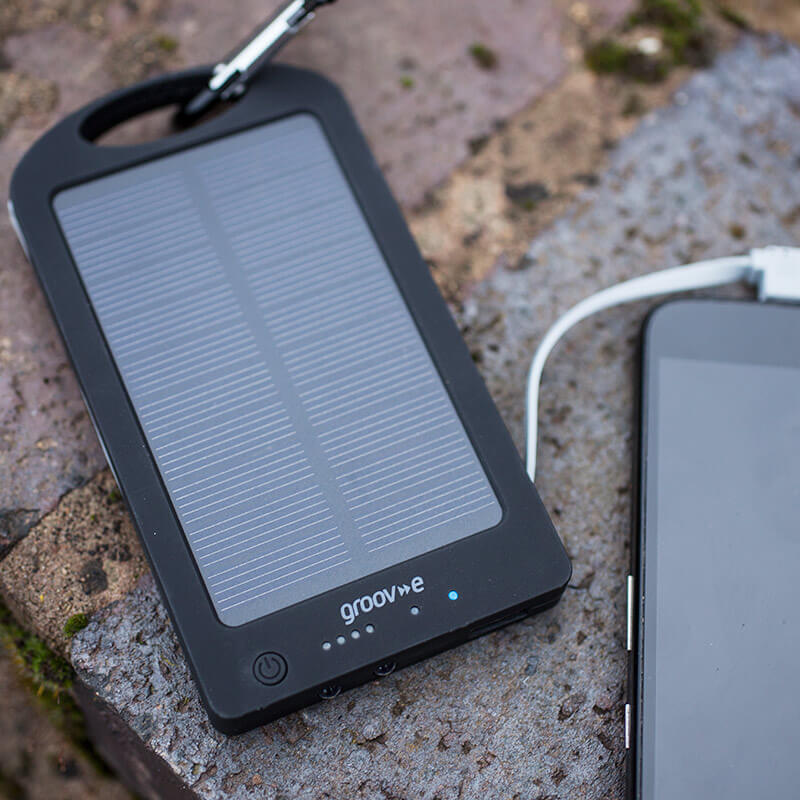 Groov-e Portable Solar Bank Charger 6000mAh