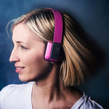 Groov-e Tempo Wireless Bluetooth Headphones With Mic - Pink