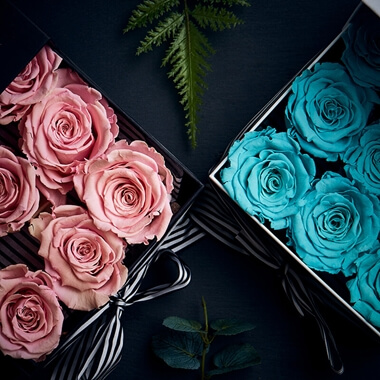 Personalised Lux Nine Eternity Roses Square
