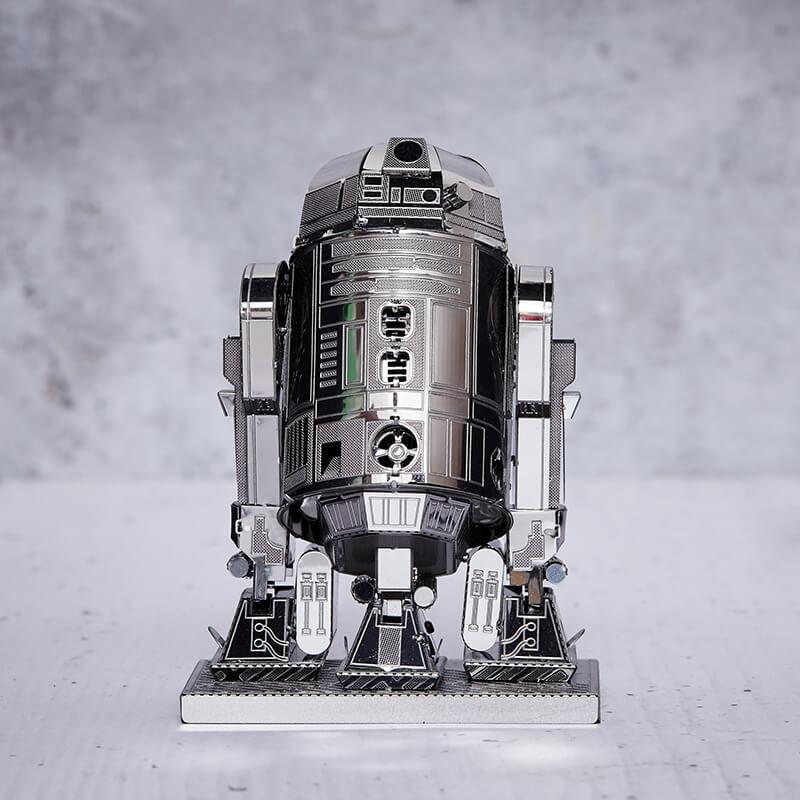 Metal Earth Star Wars R2-D2 3D Model Kit