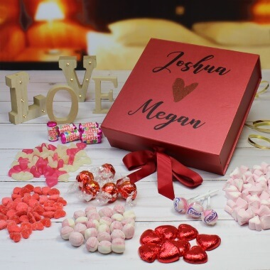 Personalised Deluxe Lovers Sweet Box