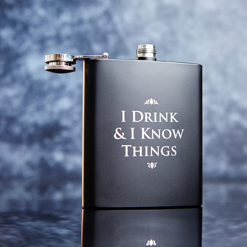 Game of Thrones 'I Drink and I Know Things' Hipflask