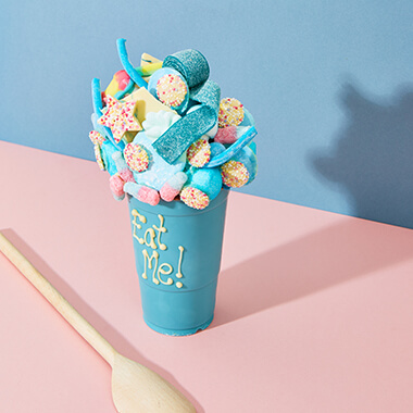 Personalised White Chocolate Smash Cup - Blue