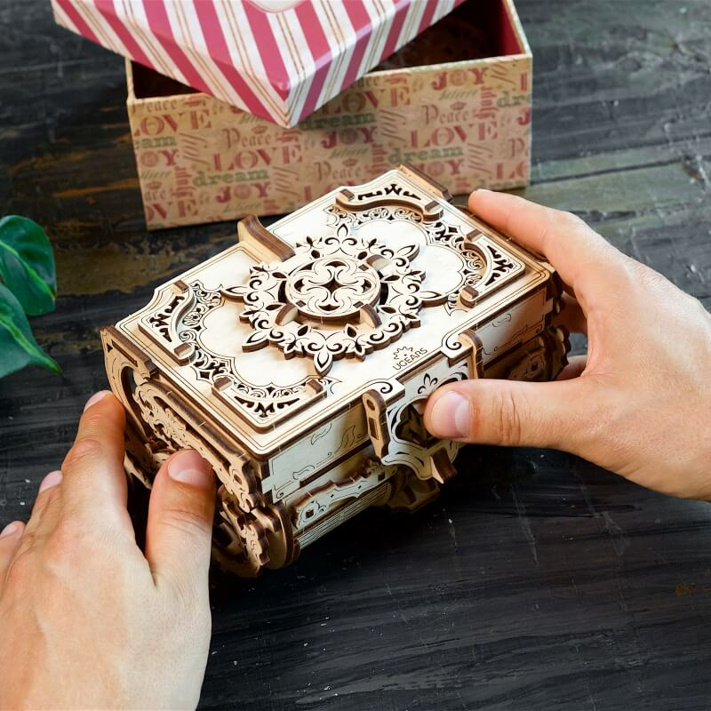 Build Your Own Antique Jewellery Box