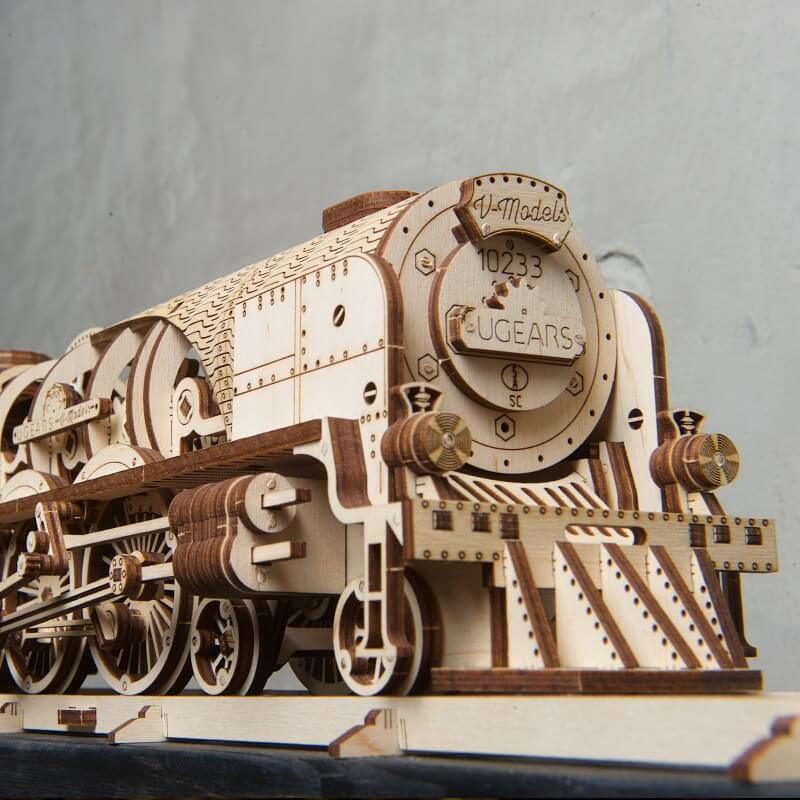 Build Your Own Express Steam Train with Tender