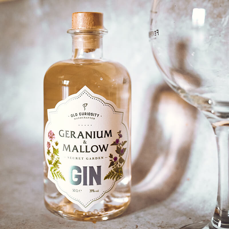 The Old Curiosity Secret Garden Gin - Geranium And Mallow - 50cl