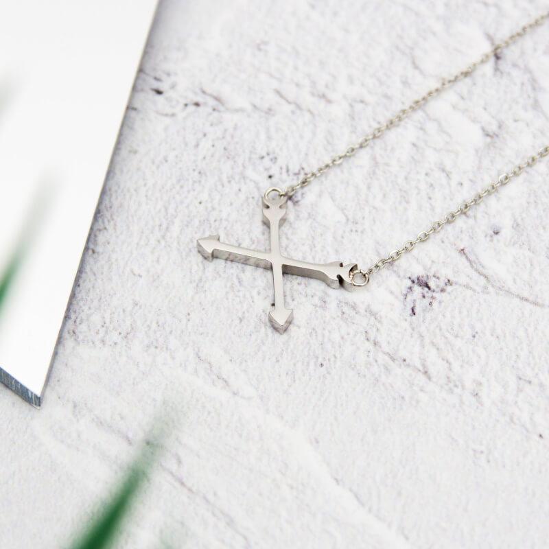 Arrow Necklace - Silver