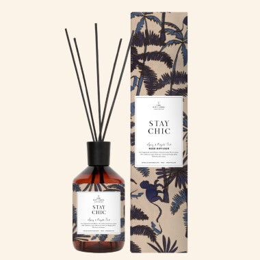 Stay Chic Reed Diffuser