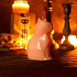 Pyro Pet Kisa Candle - Pink