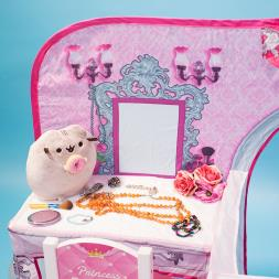 Pop Up 3D Princess Boutique