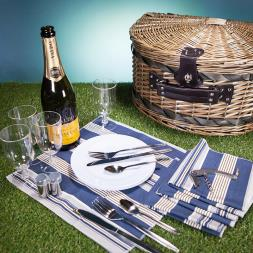 Luxury Half Circle Two Person Willow Picnic Basket