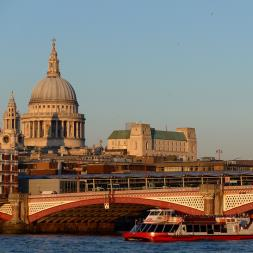 Thames Jazz Cruise For Two With Three Course Dinner And Bubbles