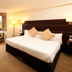 Two Night Hotel Break at the Mercure Edinburgh Princes Street